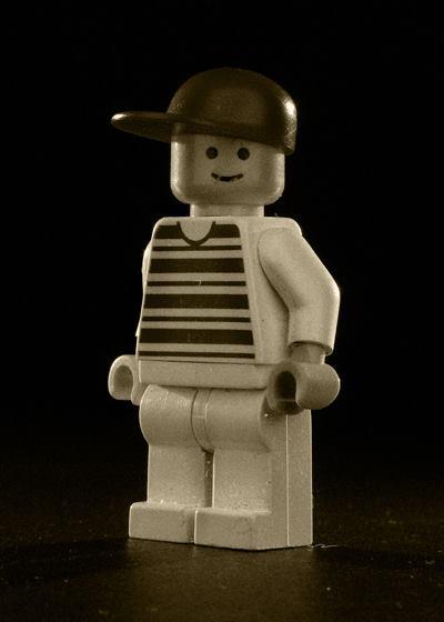 Lego - Men of My Childhood - Kris Growcott - artFido 8