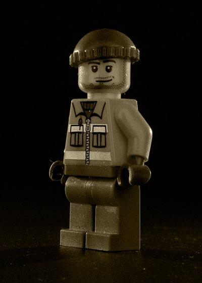 Lego - Men of My Childhood - Kris Growcott - artFido 6