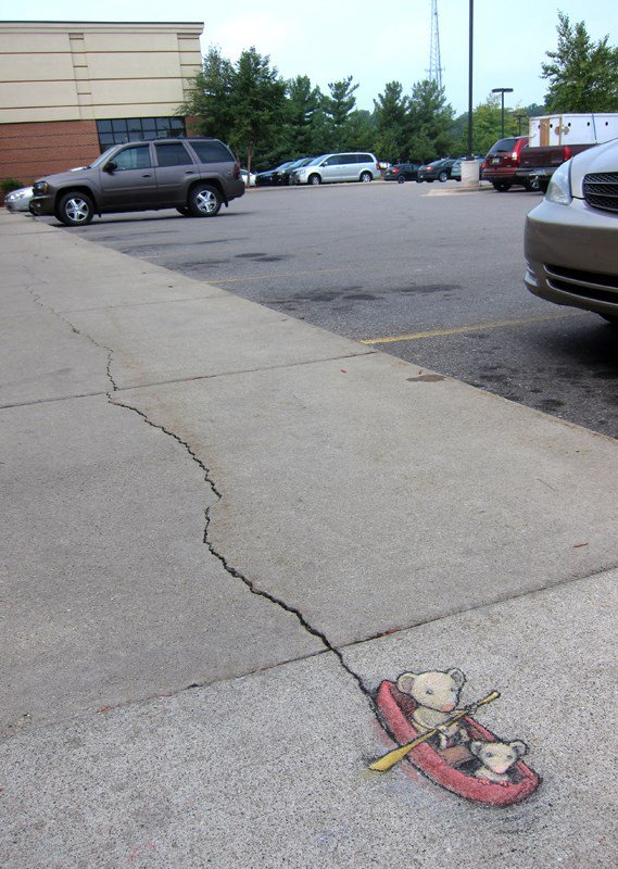 Chalk-Art-by-David-Zinn-in-Michigan-USA-397380