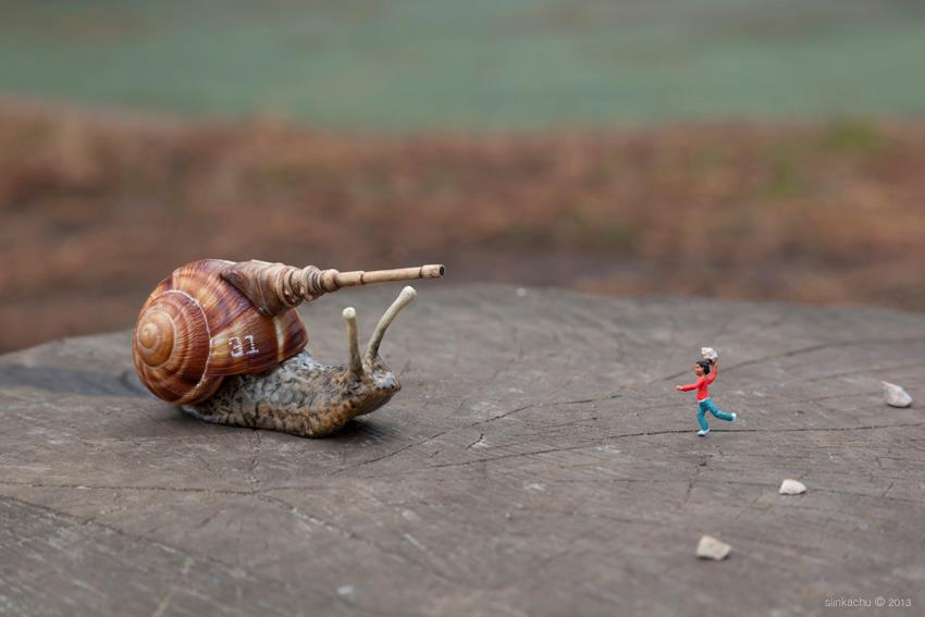 Little-People.-By-Slinkachu-in-London-England-645