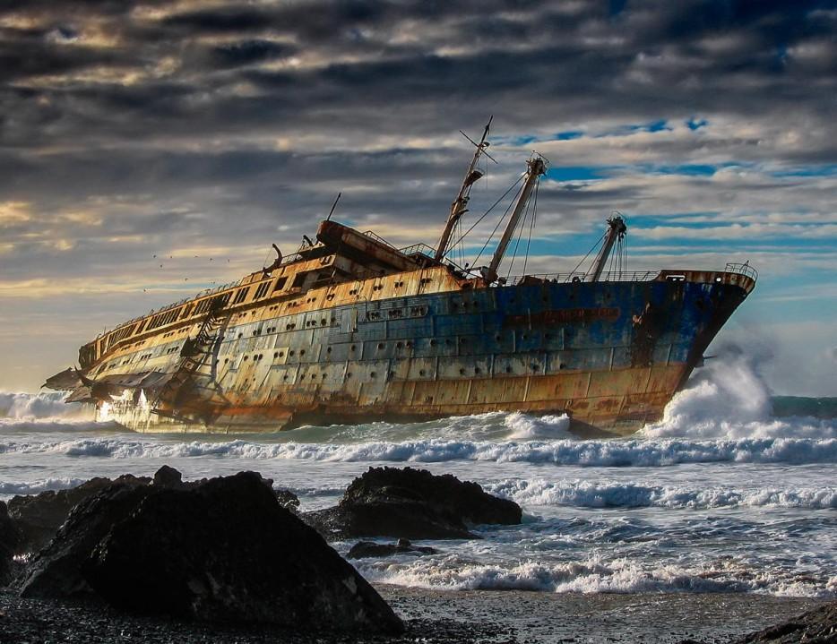 shipwreck-934x