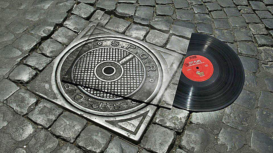 Inventive-Street-Art-24