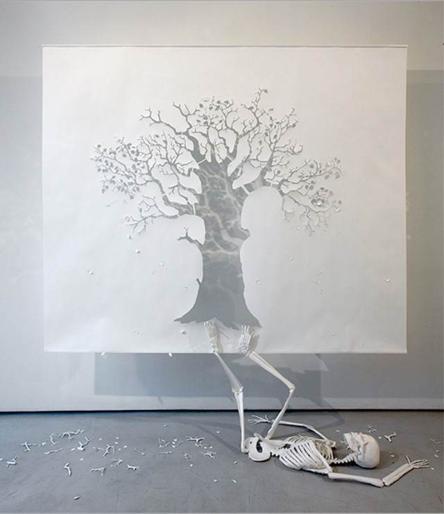 peter-callesen-large-papercut-fall