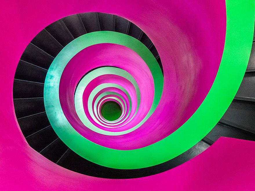 spiral-stairs-2-3