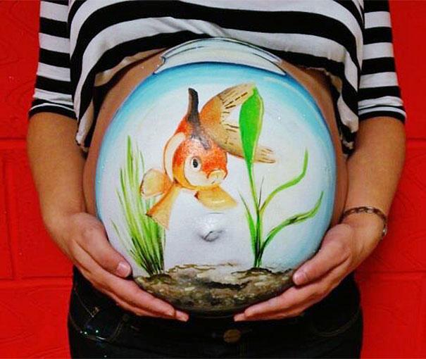 pregnant-bump-painting-carrie-preston-2
