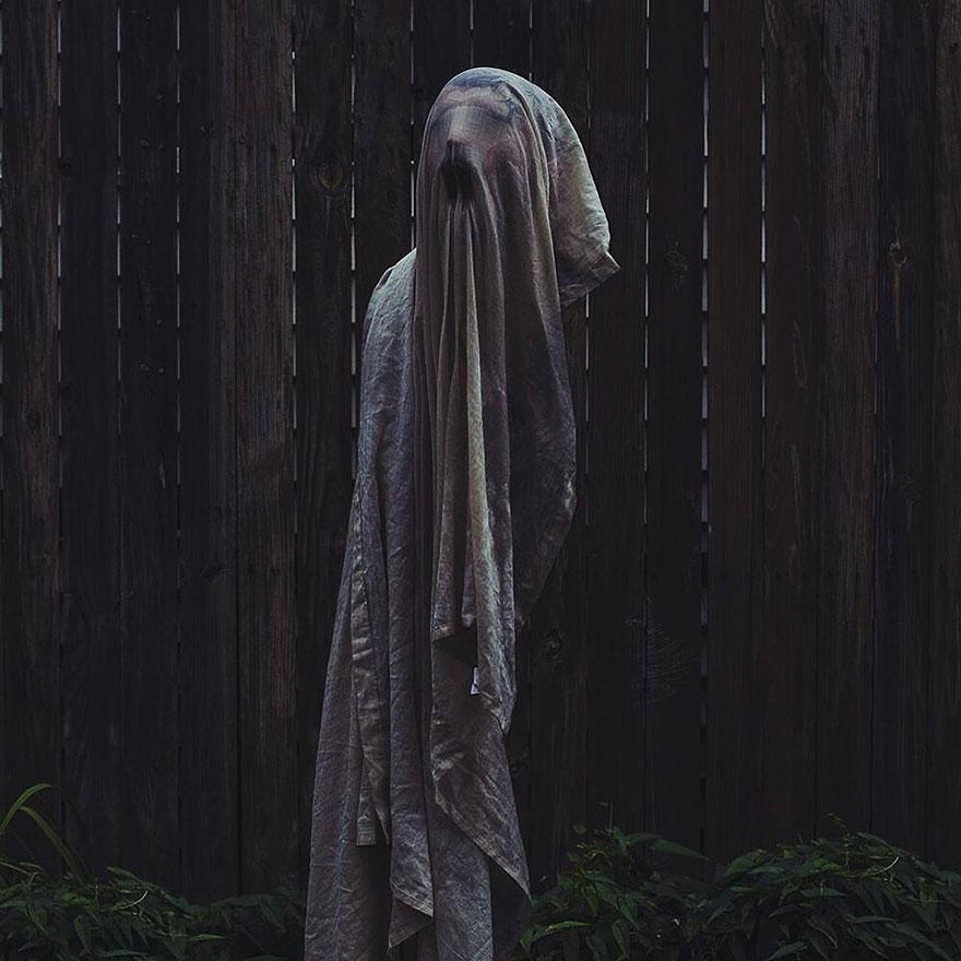 creepy-photography-ghostly-portraits-christopher-ryan-mc_003