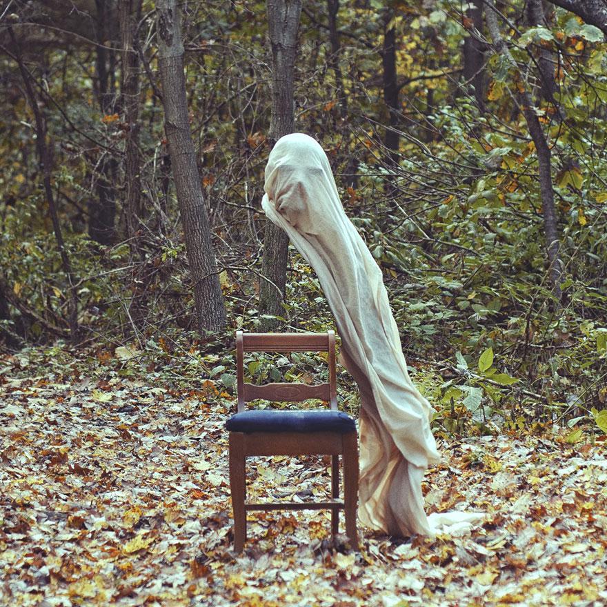 creepy-photography-ghostly-portraits-christopher-ryan-mc_004