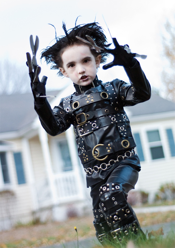 children-costumes-halloween-18__605