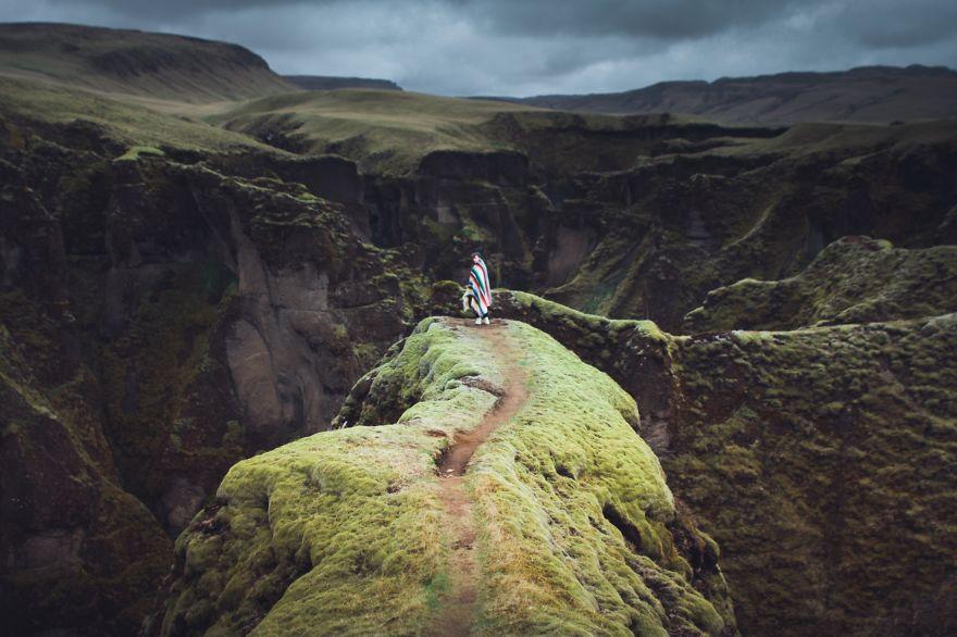 Canadian-photographer-Captures-the-adventurous-souls-of-wanderlusts12__880