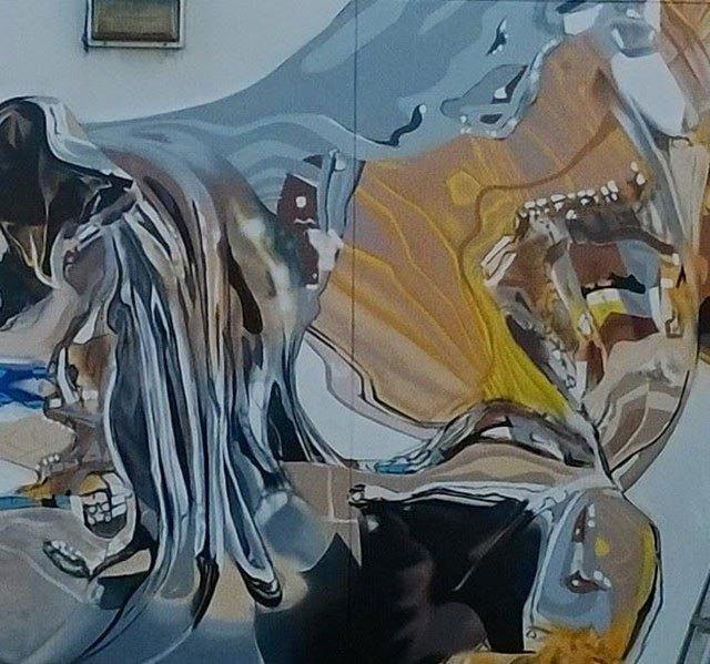 chrome-dog-mural-by-bikismo-art-basel-miami-2014-3