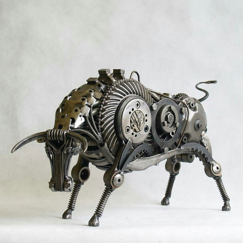 tomas-vitanovsky-makes-animal-sculptures-out-of-scrap-metal-2