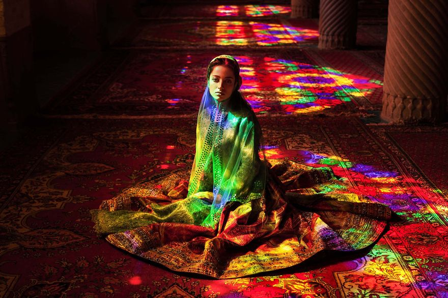 I-photographed-women-from-37-countries-to-show-that(6)