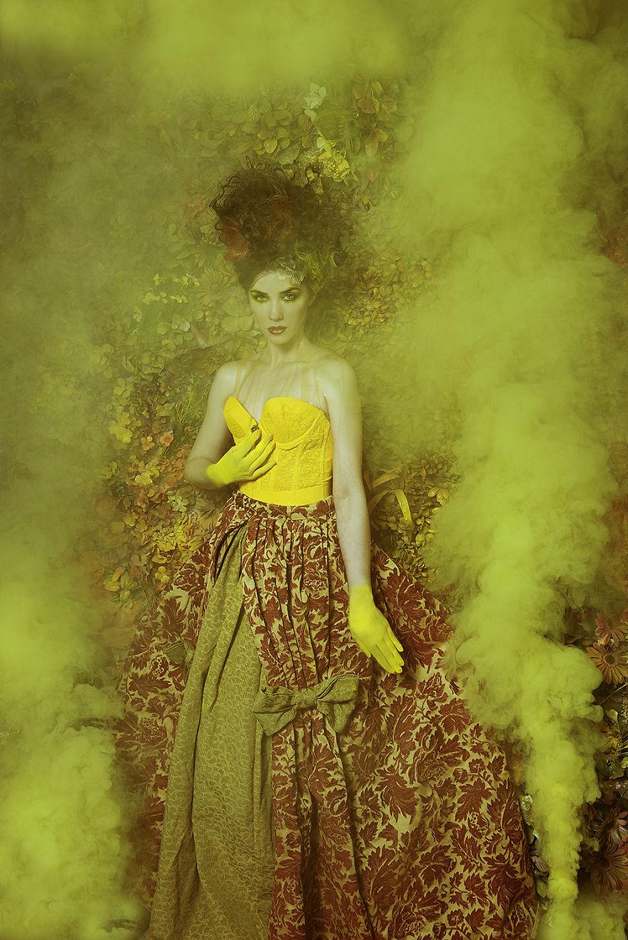 Photographer-create-stunning-fairytale-garden-(1)