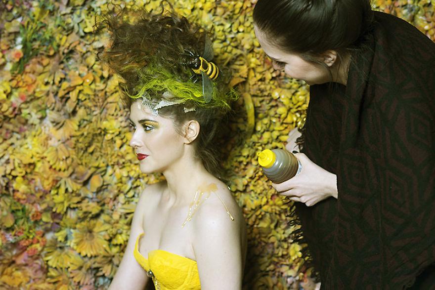 Photographer-create-stunning-fairytale-garden-(4)