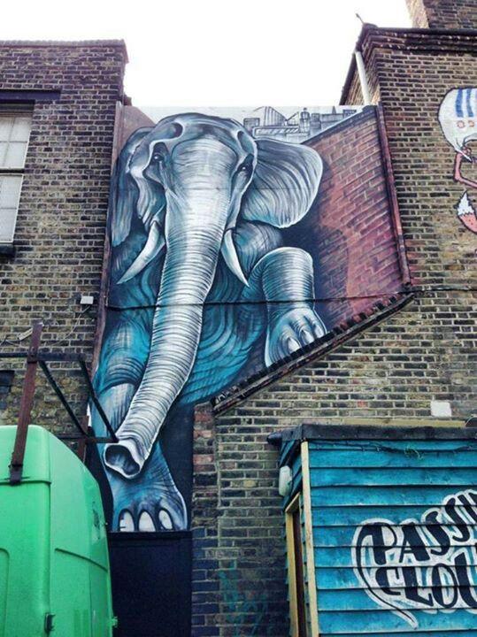 Street-Art-Elephant