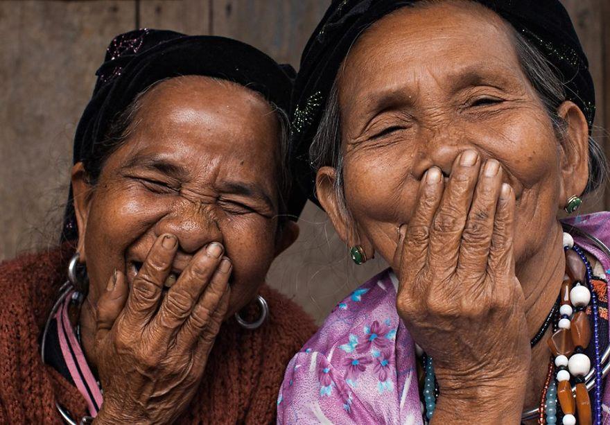 The-hidden-smiles-from-Viet-Nam1__880