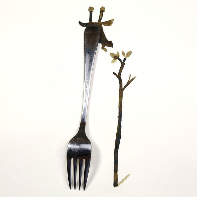 creative-sketches-with-everyday-objects-by-christoph-niemann-11