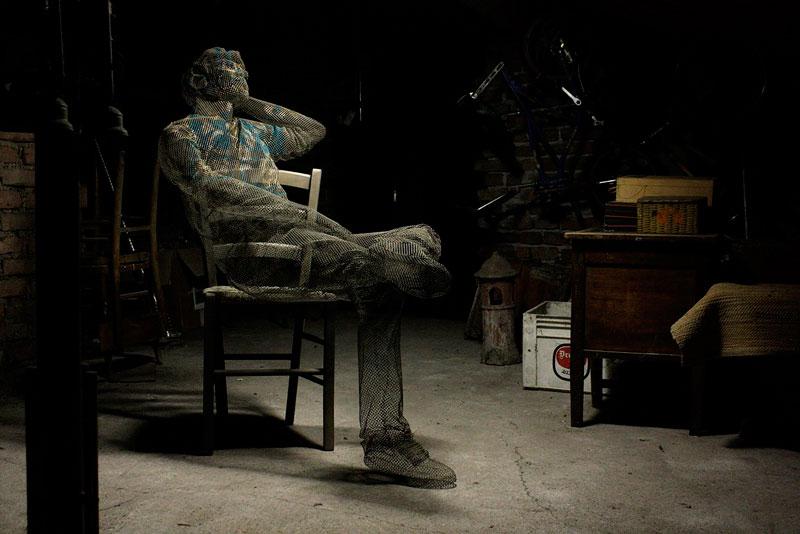 figurative-wire-mesh-sculptures-by-edoardo-tresoldi-5