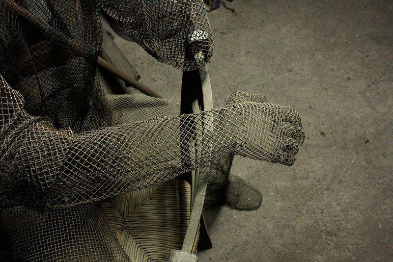 figurative-wire-mesh-sculptures-by-edoardo-tresoldi-8