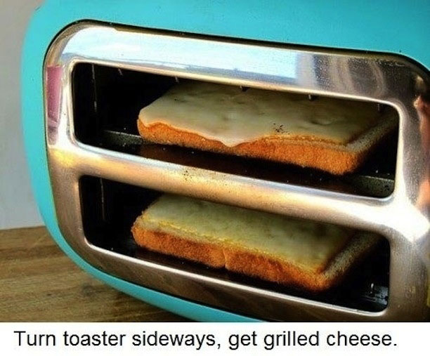 grilled-cheese-in-toaster-life-hack (1)
