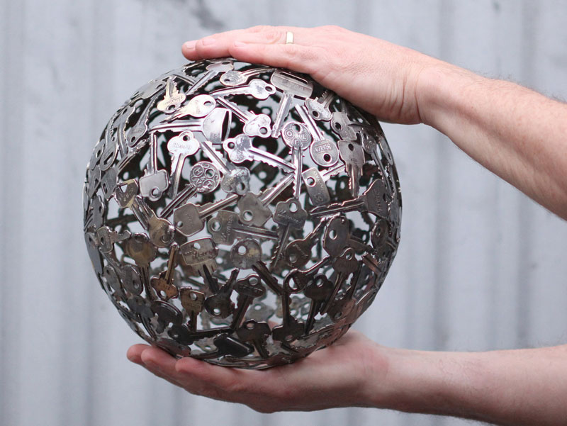 artist-turns-discarded-keys-and-coins-into-works-of-art-4