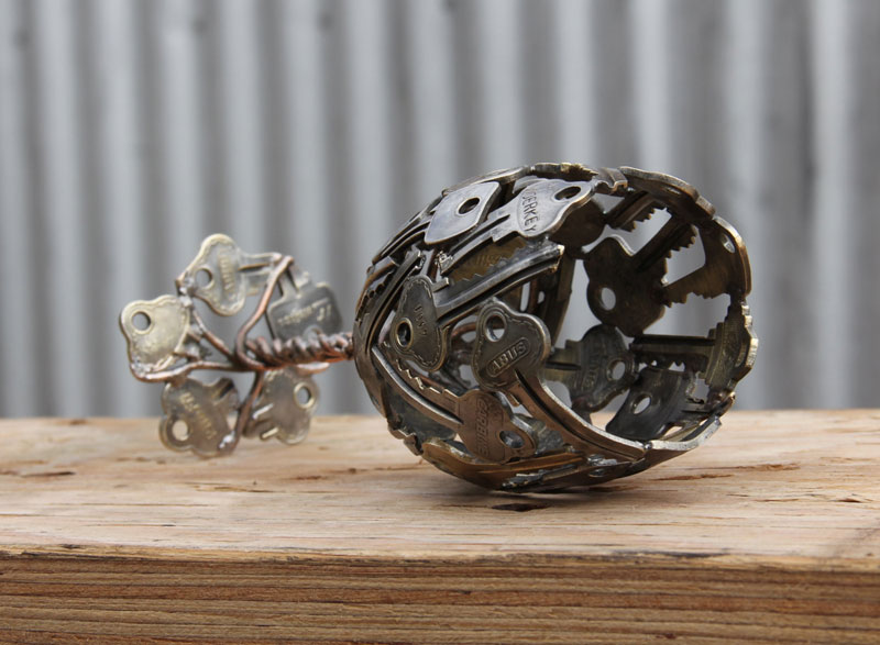 artist-turns-discarded-keys-and-coins-into-works-of-art-6