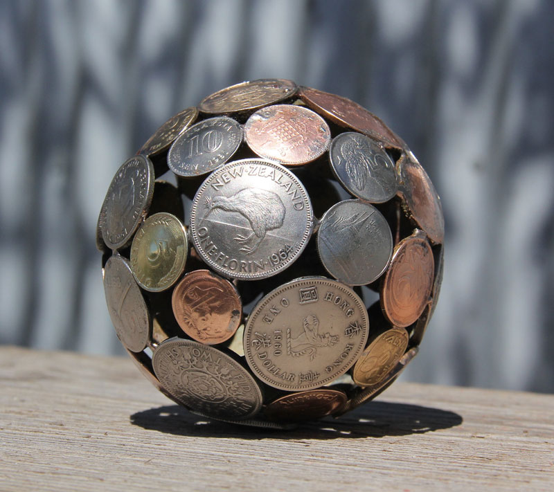 artist-turns-discarded-keys-and-coins-into-works-of-art-8