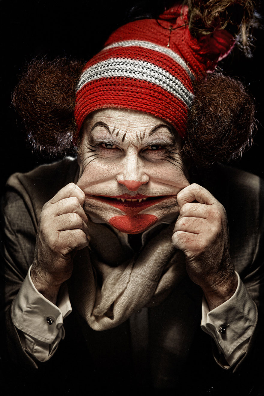 macabre-scary-clown-portraits-photography-clownville-eolo-perfido-99-3