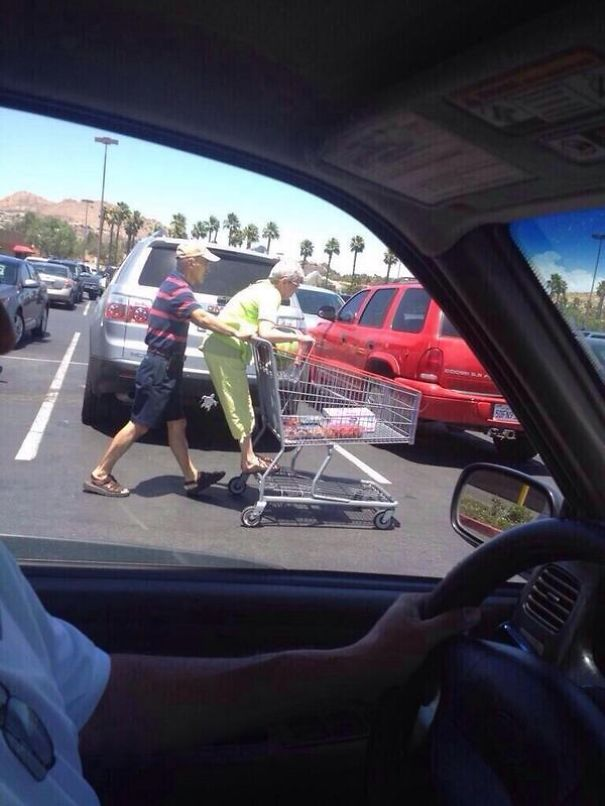 old-couples-having-fun-8__605