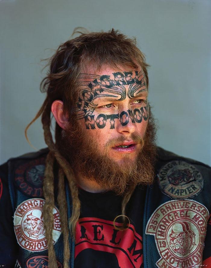gang-member-portraits-mongrel-mob-new-zealand-jono-rotman-6__700