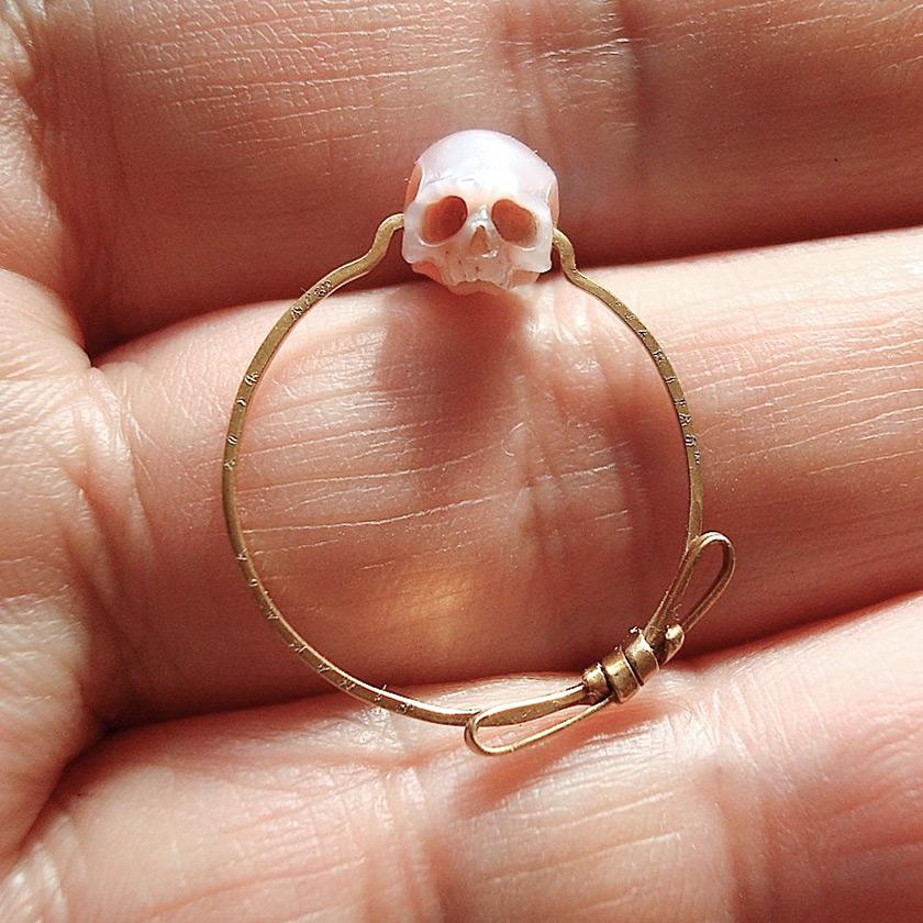 pearl-skulls-3