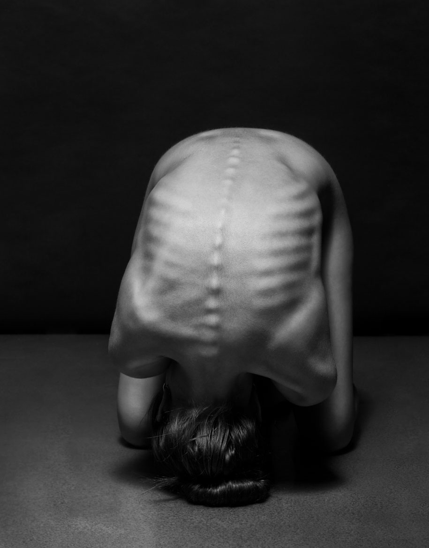 women-posing-bodyscapes-anton-belvodchenko-999