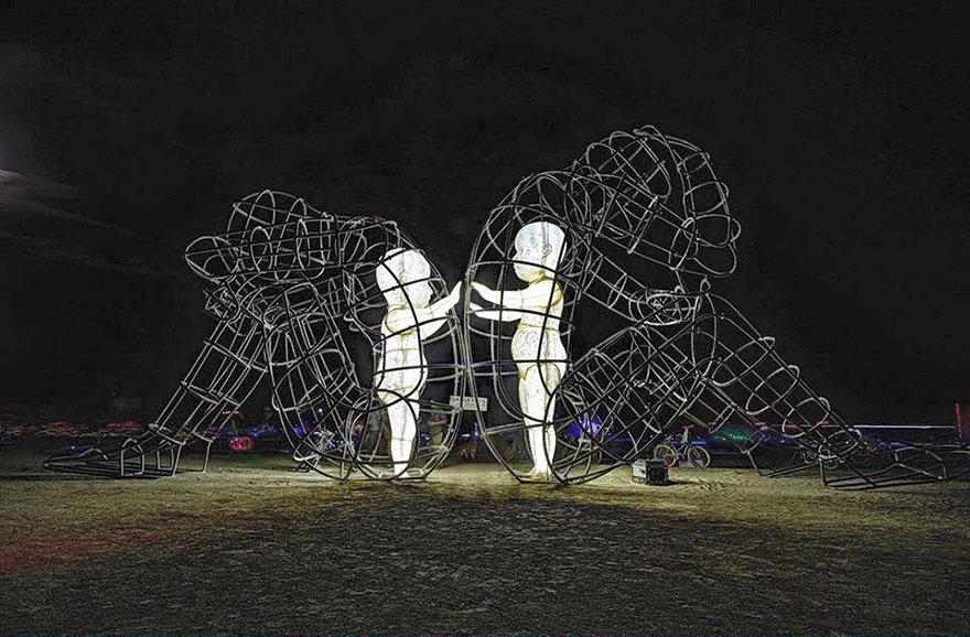 burning-man-festival-adults-babies-love-aleksandr-milov-ukraine-4