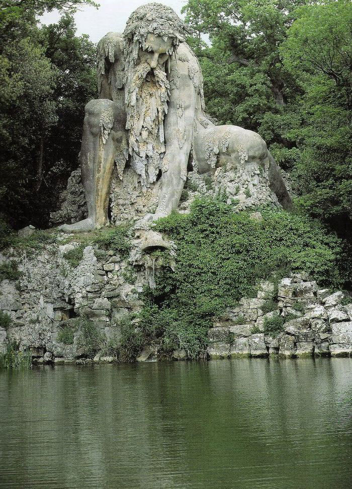 colosso-dell-appennino-sculpture-florence-italy-1__70
