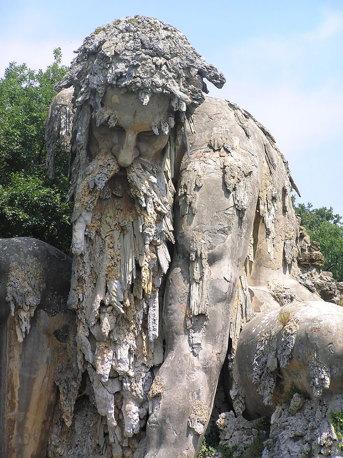 colosso-dell-appennino-sculpture-florence-italy-3__70