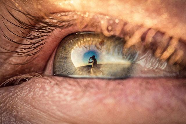 eye-reflection-wedding-photography-eyescapes