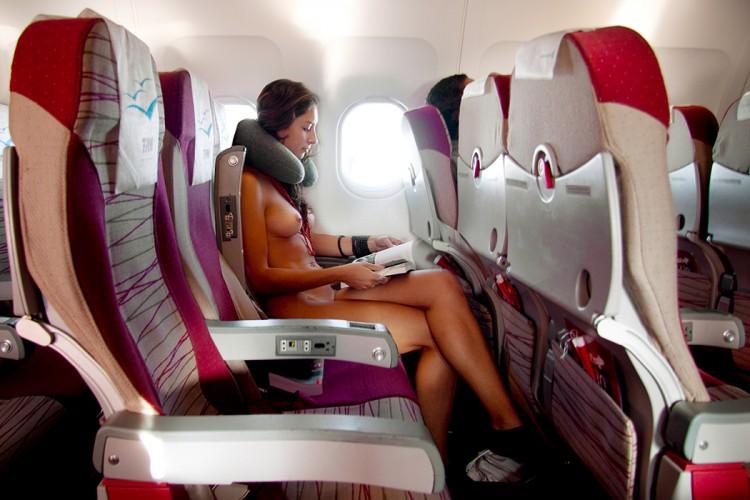 Airplane11x17-750x500