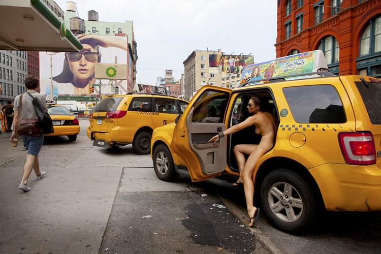 taxi_16x24-750x500