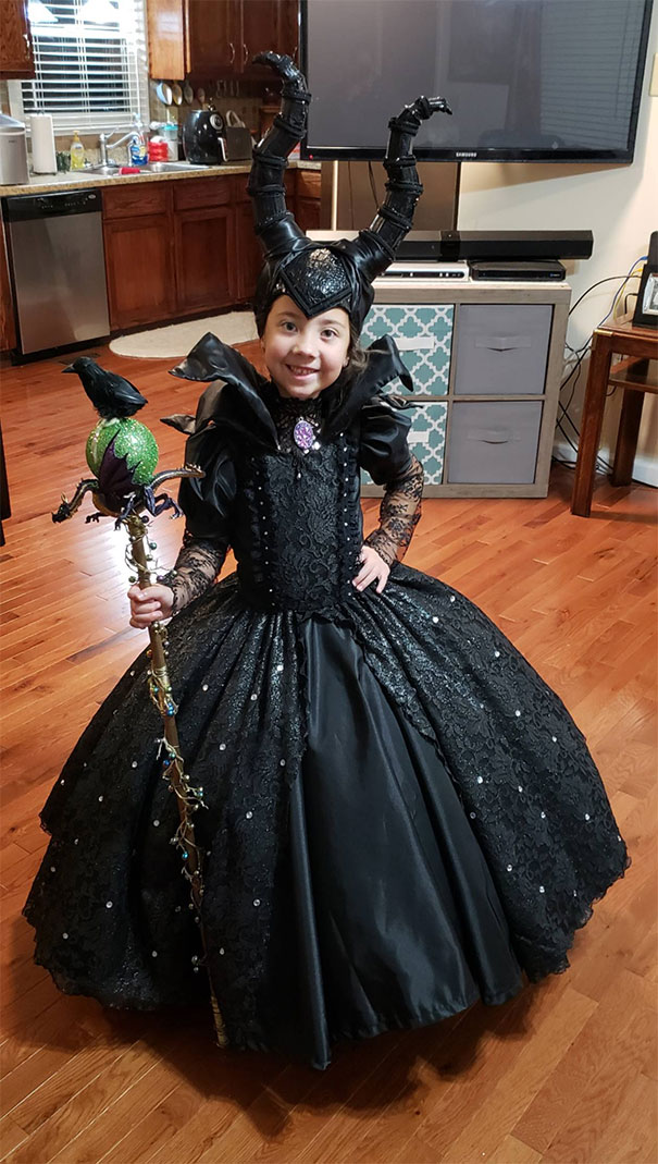 428e2b7c867de 61 My Daughter's Maleficent Costume Made By My Wife And Mother-In-Law